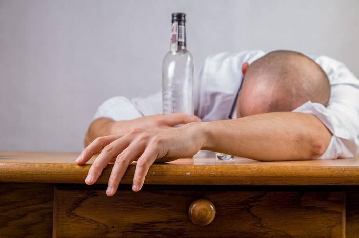 5-akibat-stres-yang-berkepanjangan-lingzhi-japan-mabuk