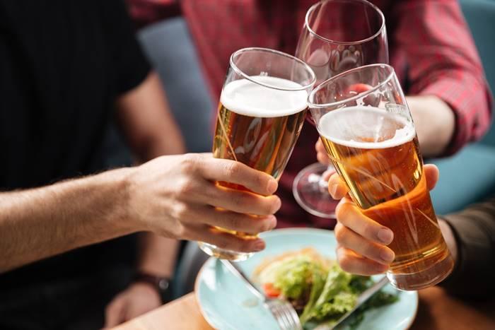 6-makanan-pemicu-kanker-yang-perlu-diketahui-lingzhi-japan-alkohol