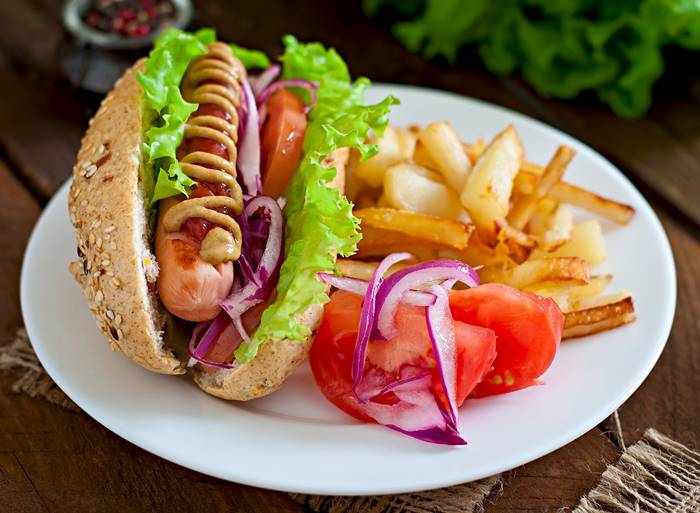 6-makanan-pemicu-kanker-yang-perlu-diketahui-lingzhi-japan-hot-dog