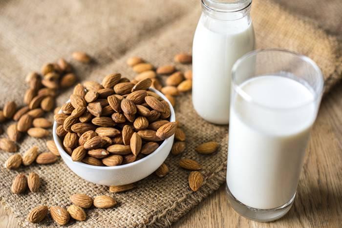 susah-tidur-coba-5-minuman-sehat-ini-yuk-lingzhi-japan-susu-almond