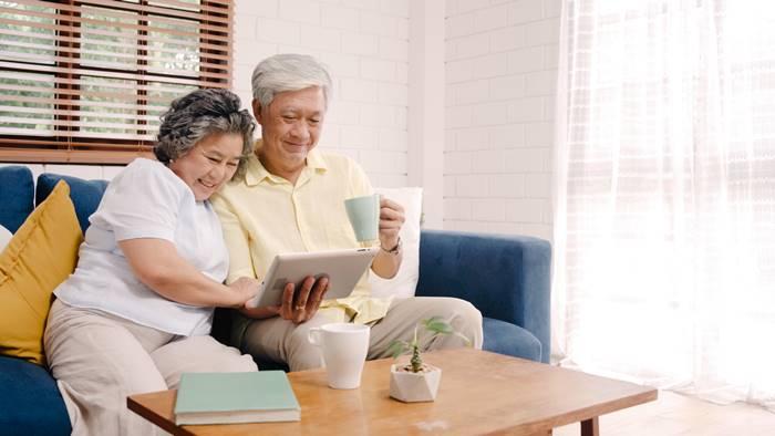 8-tips-hidup-semakin-tua-semakin-bahagia-lingzhi-japan